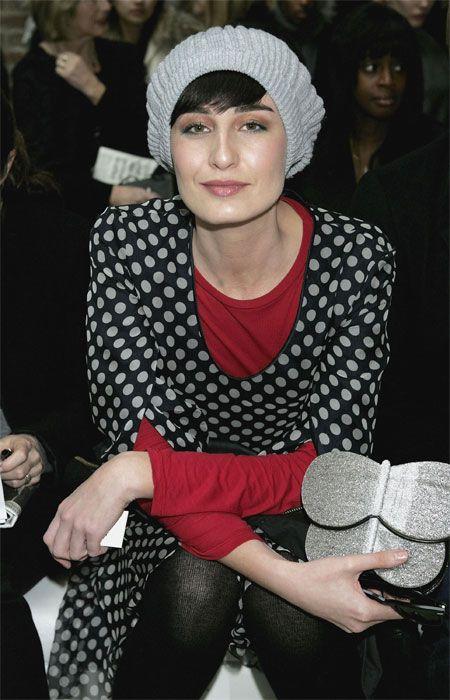 Versace'nin ve Jean Paul Gaultier'nin yüzü oldu. 10 milyon sterlin servetiyle dünyanın en zengin ikinci mankeni.